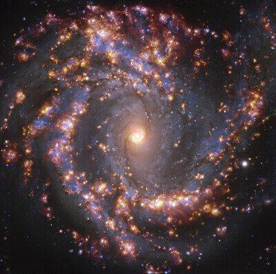 NGC 4303 vue avec MUSE sur le VLT de l'ESO dans plusieurs longueurs d'onde de la lumière